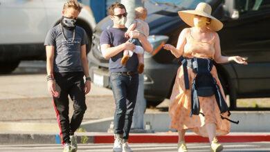 Photo of Элайджа Вуд замечен на прогулке с сыном: первые фото малыша