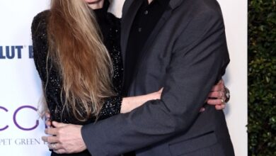 Photo of Режиссер Джеймс Кэмерон и его супруга Сюзи удочерят 16-летнюю подругу своей дочери