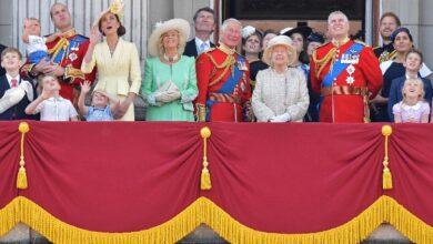 Photo of Торжественный парад в честь дня рождения Елизаветы II состоится, но нарушит все традиции